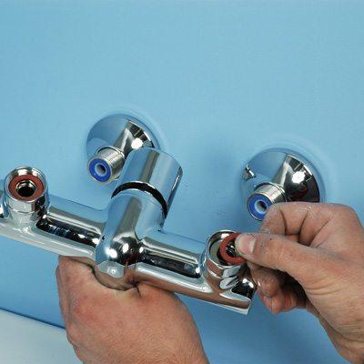 installation robinet de douche